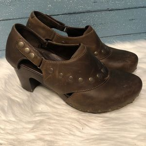 Dansko distressed leather wooden base Clogs